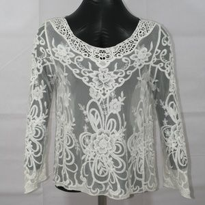 Tops - Beautiful lace top